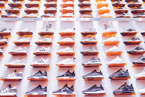 Las mejores ofertas de zapatillas en las rebajas de El Corte Inglés: Adidas, Puma y Converse más baratas