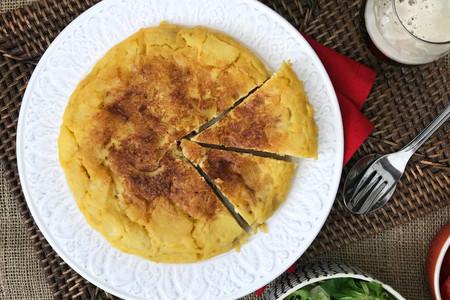 Huevo vs huevina: guía rápida para no perderte pidiendo una tortilla de patata este verano