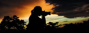 Trucos y consejos para enfocar correctamente de noche o cuando apenas hay luz