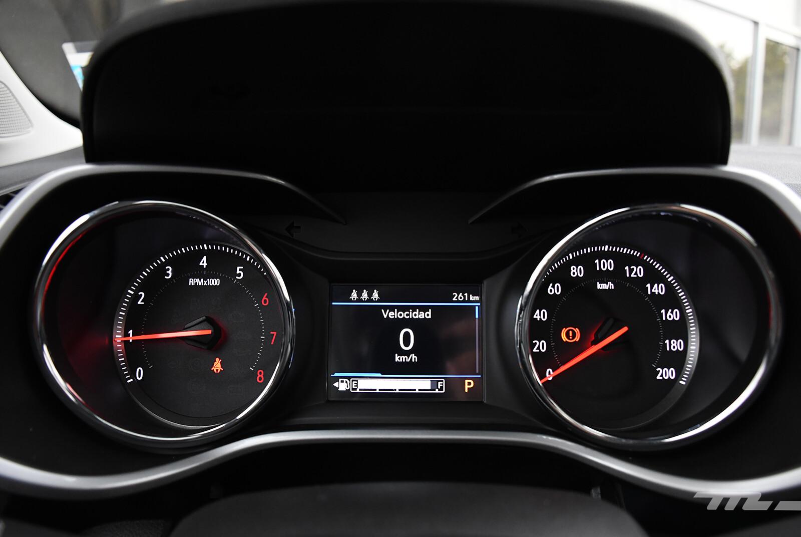 Foto de Chevrolet Tracker vs. Volkswagen T-Cross (comparativa) (17/29)