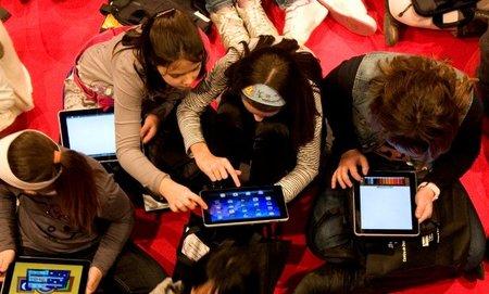 Los niños quieren un gadget para navidad
