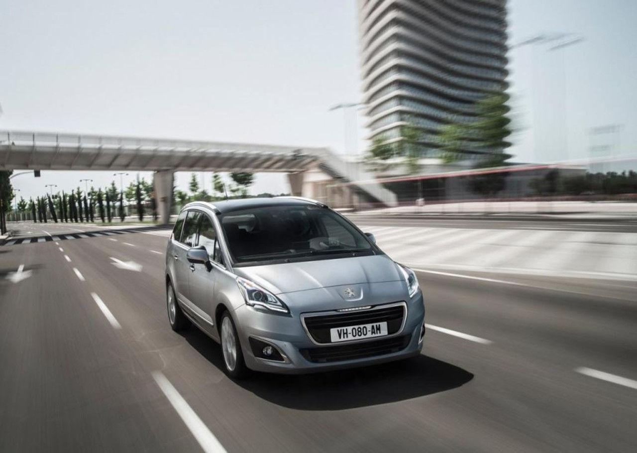 Foto de Peugeot 5008 2014 (5/9)