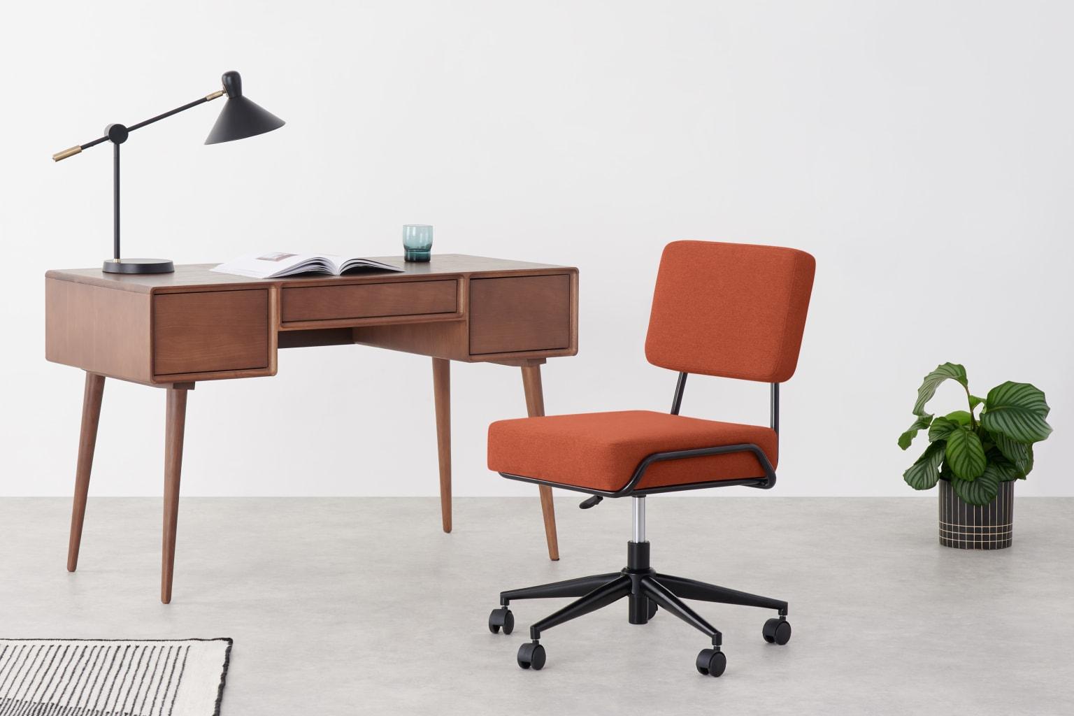 Silla de oficina naranja retro