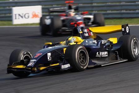 Andy Soucek firma el primer podium español de la temporada en la GP2