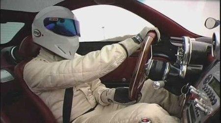 ¿Y si Fernando Alonso fuera The Stig?