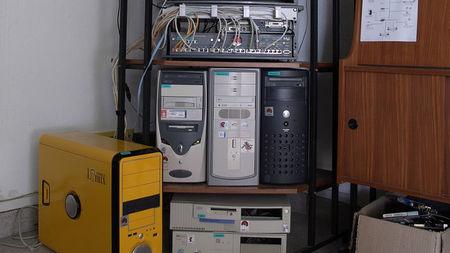 ¿Merece la pena reutilizar equipos antiguos o sólo por consumo no son rentables?
