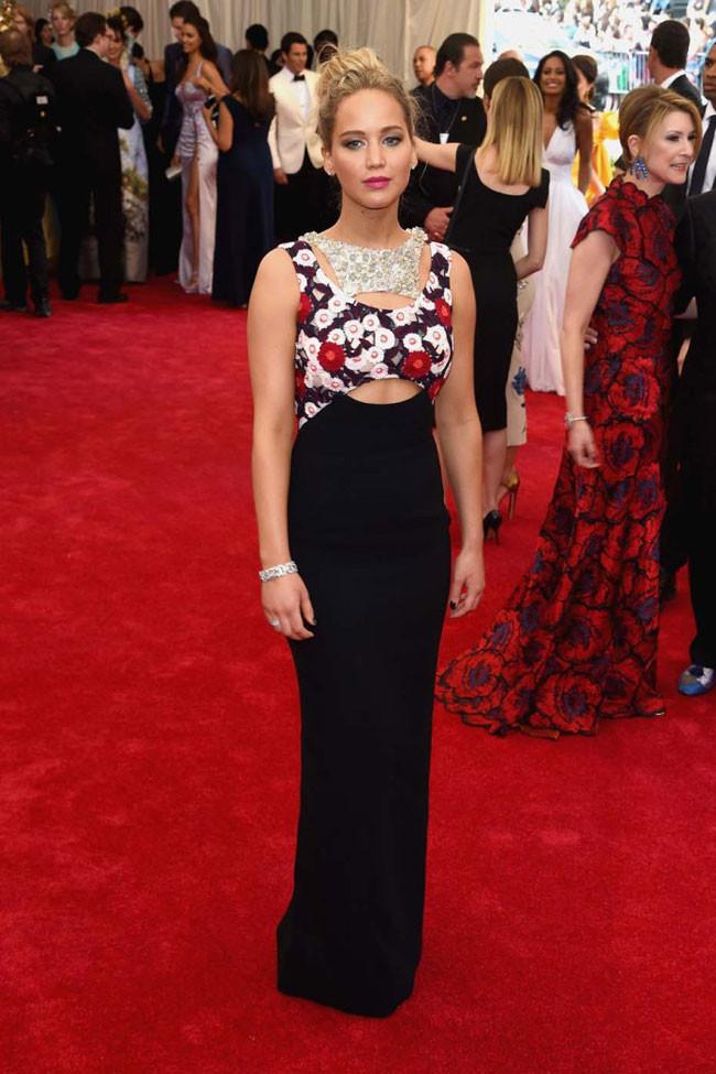 Jennifer Lawrence Met 2015 Dior