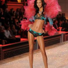Foto 2 de 57 de la galería el-desfile-victorias-secret-fashion-2011-todas-las-imagenes en Trendencias