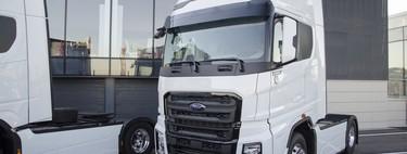 Hemos probado el Ford F-MAX, una mole de 500 CV y 2.500 Nm que inicia la ofensiva global de Ford Trucks