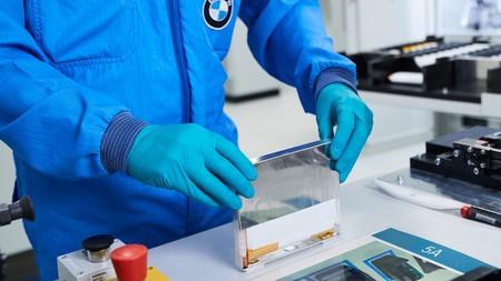 BMW invierte 200 millones de euros en un centro de celdas de batería ante un posible escenario de escasez