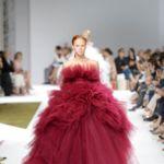 Giambattista Valli invade de romanticismo la Alta Costura de París