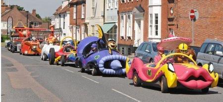 """Red Bull Autos Locos, otro tipo de carreras de """"coches"""""""