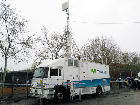 Unidad Movil Telefonica 5g Redes Ericcson
