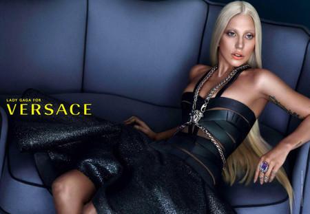 Marchando cuarto y mitad de photoshop para Lady Gaga