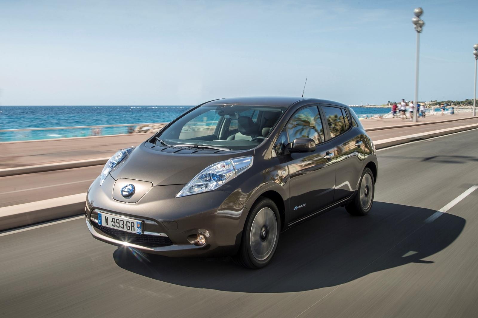 Foto de Nissan LEAF 30 kWh (1/6)