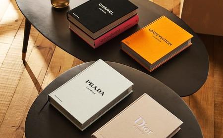 Zara Home recoge la historia de la moda con sus nuevos libros de Chanel, Dior, Prada, YSL y Vuitton que no pueden ser más ideales