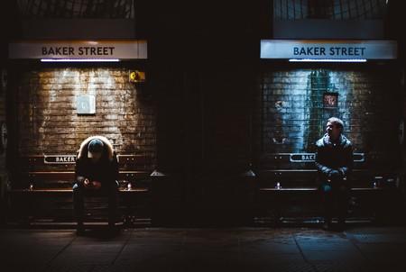 Una luz azul al final del túnel: cómo influye la luminosidad en los suicidios