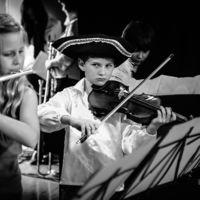 ¿Los músicos componen temas en función de los sonidos del ambiente en el que se criaron?