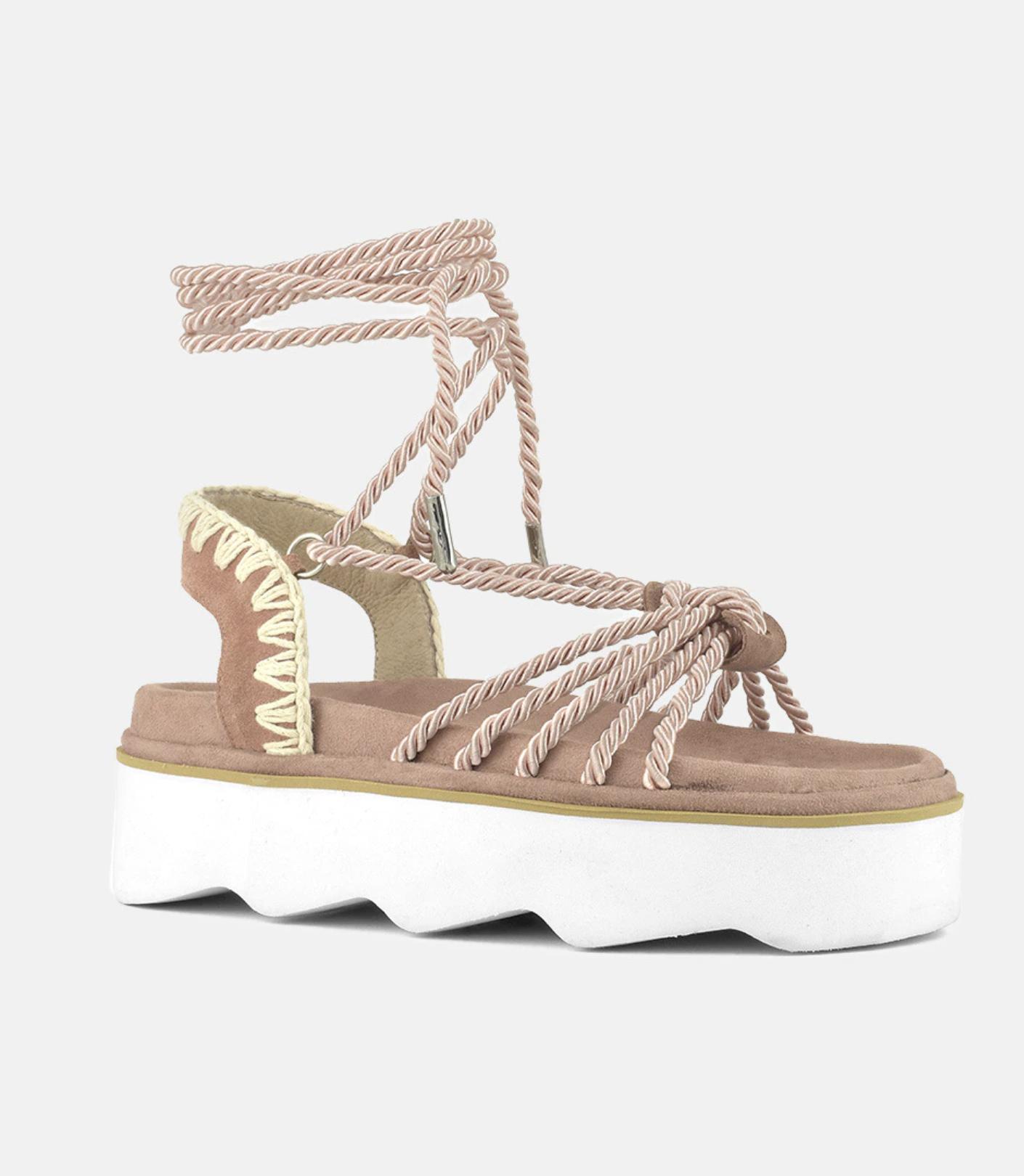 Sandalias de plataforma de mujer Mou en marrón con cierre de cuerdas