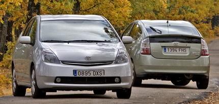 ¿Cómo envejecen los coches? Toyota Prius nuevo contra otro con 160.000 kilómetros