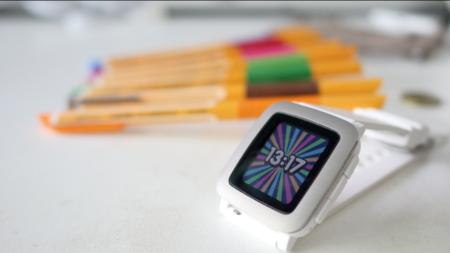 Fitbit podría estar a punto de comprar Pebble y no precisamente por una cantidad justa