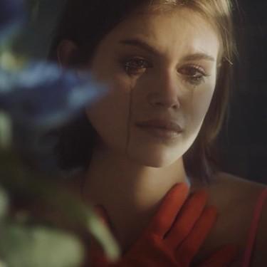 Kaia Gerber muestra su faceta de actriz (y conmueve a todos) en este videoclip dirigido por Cara Delevingne