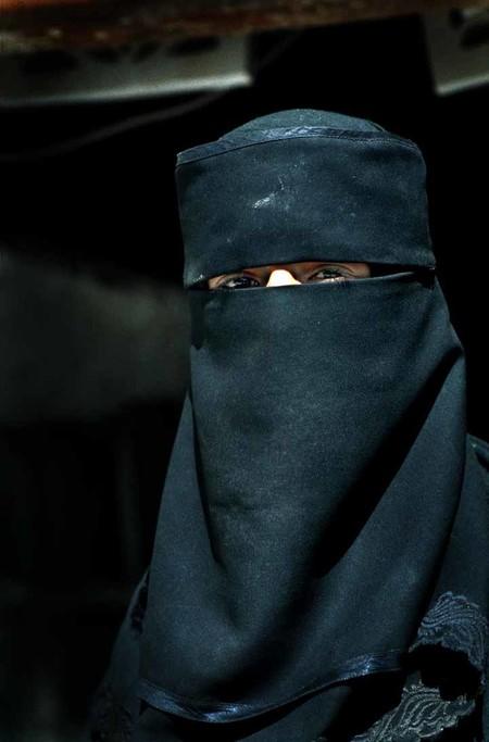 marruecos prohibe burka