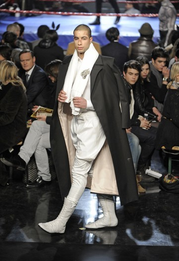 Foto de Jean Paul Gaultier, Otoño-Invierno 2010/2011 en la Semana de la Moda de París (14/14)