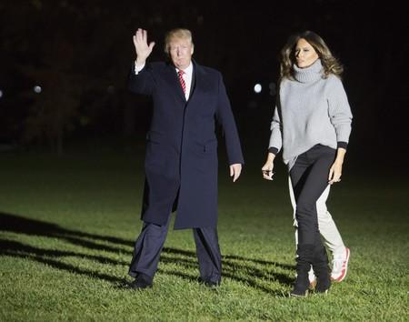 Melania Trump también viste tipo normcore. Fíjate en su último estilismo e inspírate para el día a día