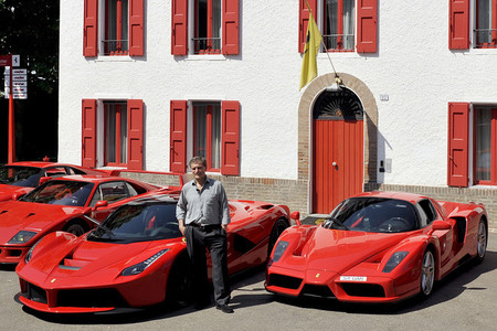 Jon Hunt y sus Ferraris