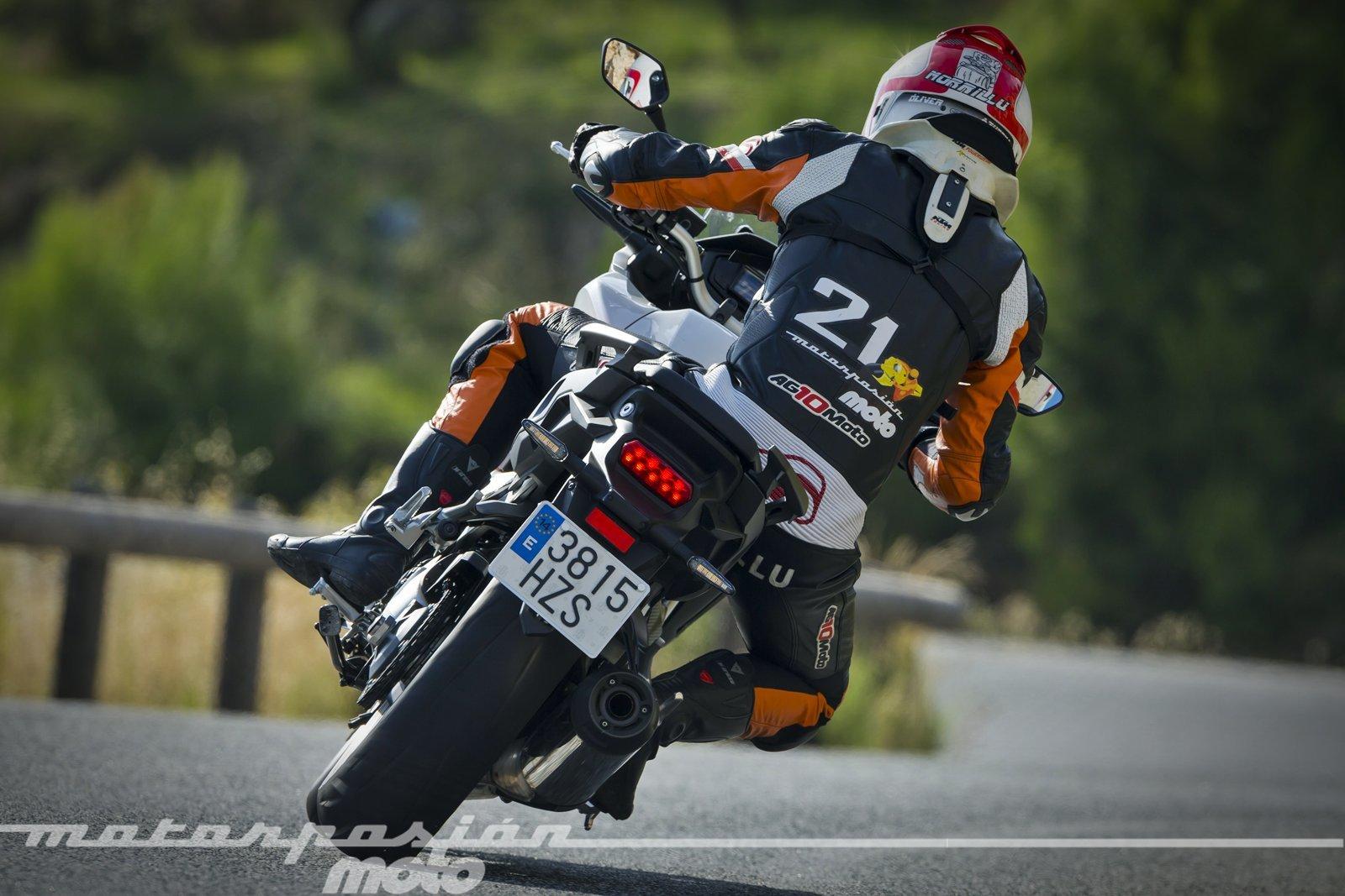 Foto de Honda VFR800X Crossrunner - Acción (8/23)