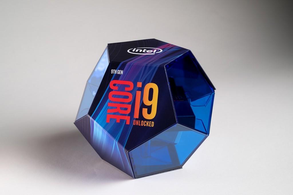 La polémica vuelve a sacudir a Intel: los benchmarks de los nuevos Core i9-9900K eran engañosos
