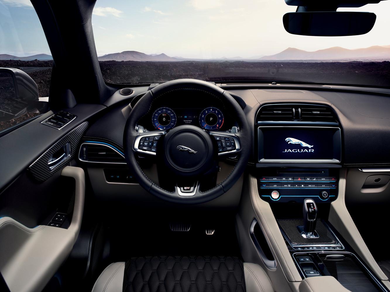 Foto de Jaguar F-Pace SVR (18/38)