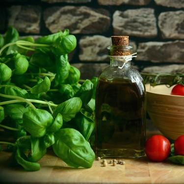 Siete recetas para un picoteo del finde con aroma de albahaca