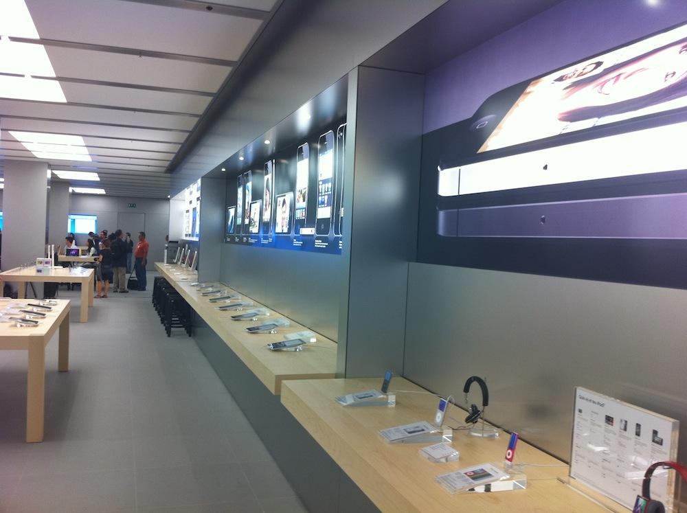 Foto de Inauguración Apple Store La Maquinista (27/93)