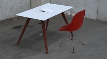 La mesa perfecta para <em>fanboys</em> de Apple