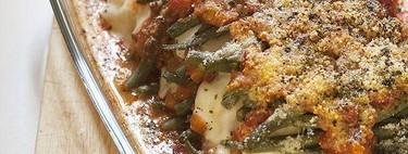 Lasaña de mozzarella y judías verdes gratinadas, la receta que te hará amar las verduras