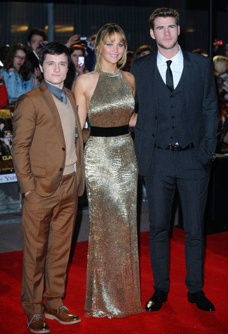 Liam-Hemsworth,-Jennifer-Lawrence-y-Josh-The-Hunger-Games-Premiere-Londres