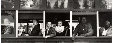 Muere Robert Frank, el fotógrafo suizo que cambió la mirada de Estados Unidos de los cincuenta