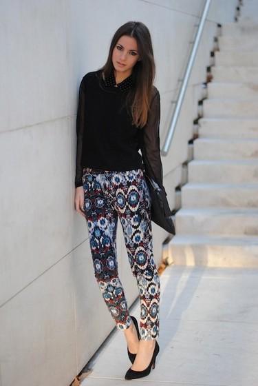 Esta semana los pantalones étnicos son lo más, ¿te atreves?