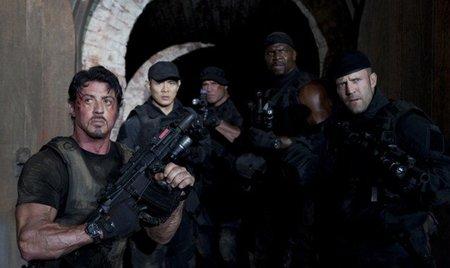mercenarios-expendables-2010-critica