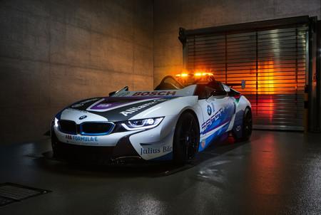 Este BMW i8 Roadster es el nuevo Safety Car de la Fórmula E, que no es eléctrico pero sí híbrido