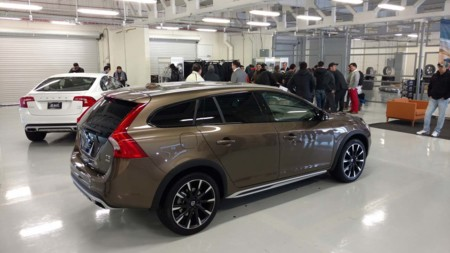 Volvo S60 y V60 Cross Country llegan a México
