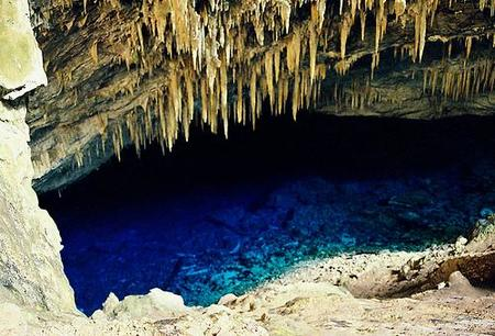 Gruta del Lago Azul
