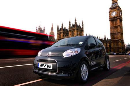 Citroën C1 ev'ie, eléctrico e inglés