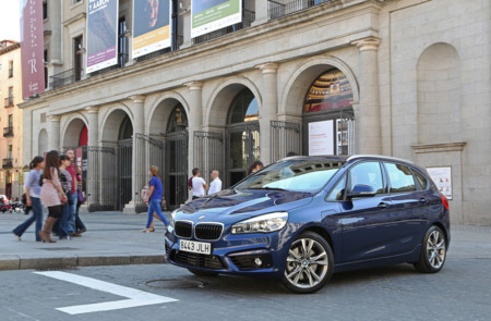 Bmw Serie 2 Active Tourer 225xe 23
