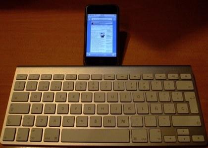 ¿Un teclado Bluetooth para el iPhone?