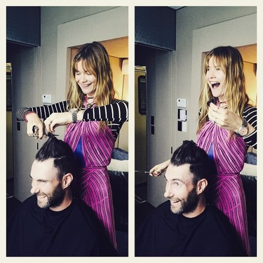 Behati Prinsloo es la peluquera de Adam Levine ¡Miedo!