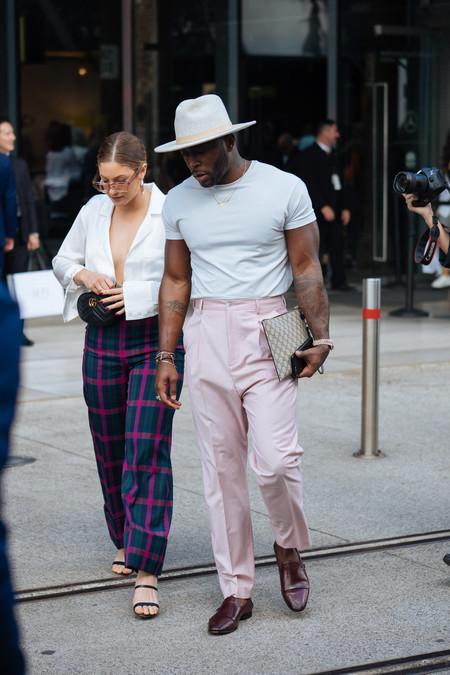 El mejor streetstyle de la semana: peinados y sombreros que dan personalidad a tu look