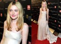 Alfombra Roja de los Premios Britannia BAFTA 2010: Dakota Fanning, Carey Mulligan y más